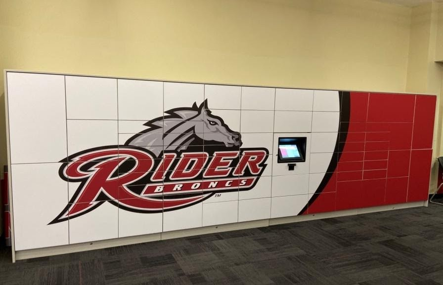 Rider Package lockers