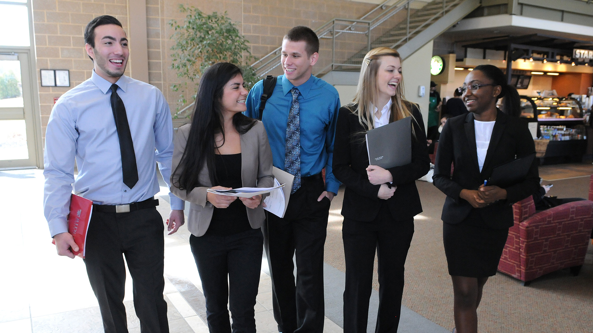 feature_032714_Career_Fair_0253.jpg