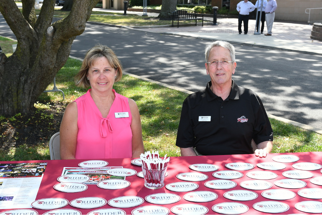 Parents and family ambassadors on campus