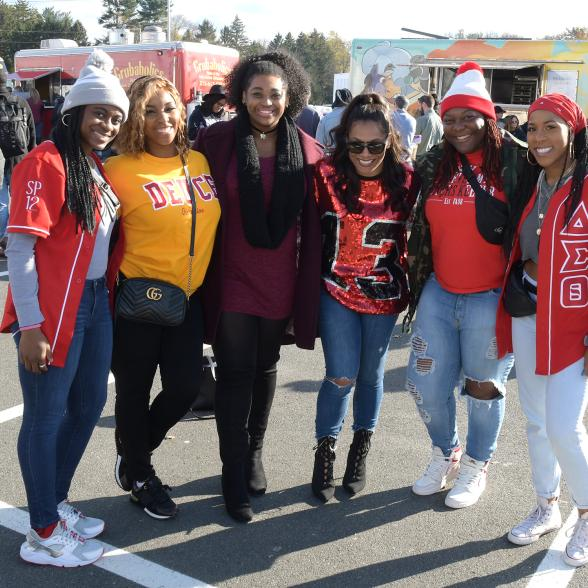 Alumni attend Homecoming Family Weekend