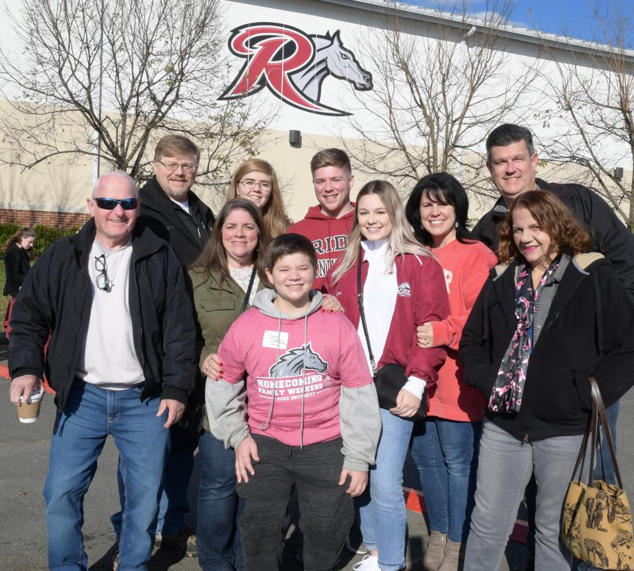 Families gather at Homecoming Family Weekend