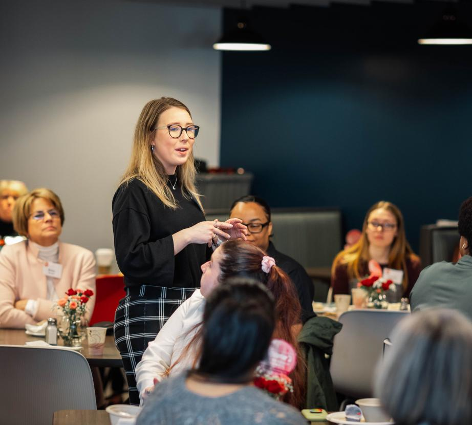 Student speaks at women's leadership council