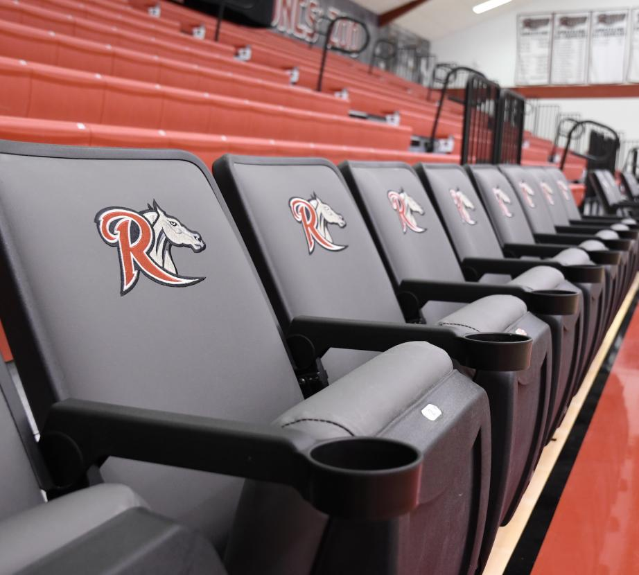 Alumni gym padded seats